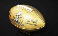 Super Bowl legend scores on home turf