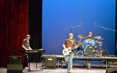 Student bands battle on the KHS stage