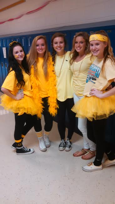 Freshman+Maggie+Cooper%2C+Kailey+Krajewski%2C+Lindsey+Norman%2C+Paige+Certa+and+Brynn+Angeletti+represent+their+class+by+wearing+their+class+color--yellow.+