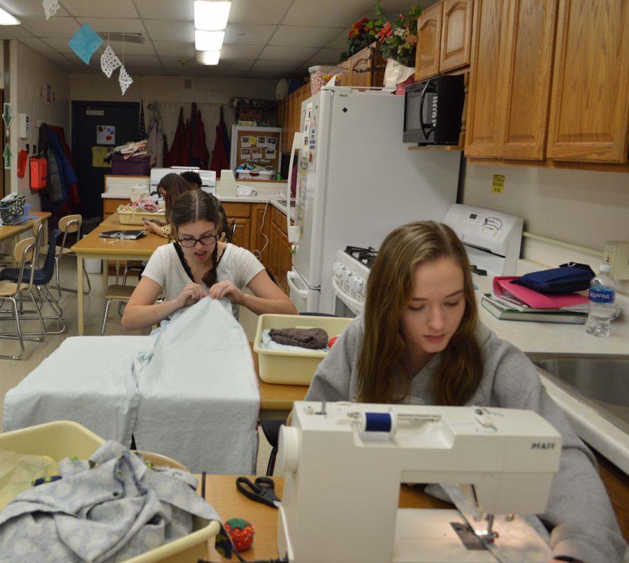 Kaneland's Fashion Design Class Sews into Action