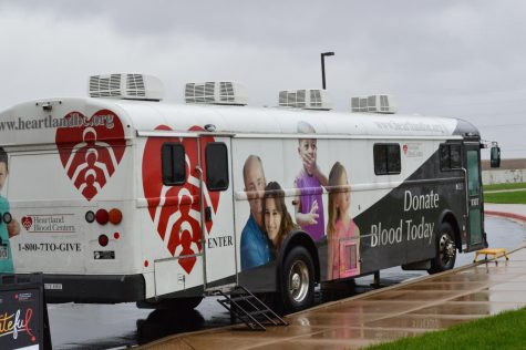 Twenty-nine Students Donate Blood